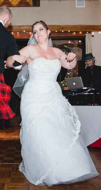 David\'s Bridal Lace A-line Side Split Plus Size Wedding Dress Wedding Dress  On Sale - 64% Off
