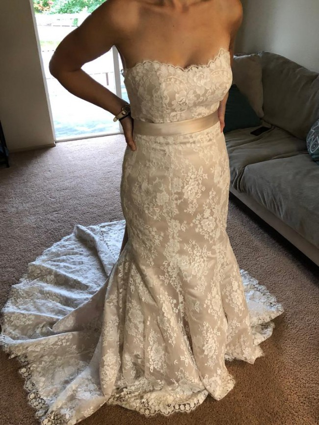 Allure Bridals Style 9117