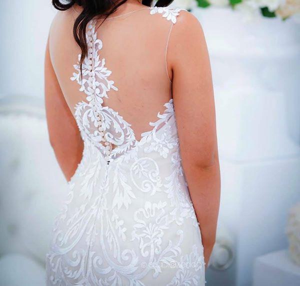 Hobnob Bridal, Fit & Flare