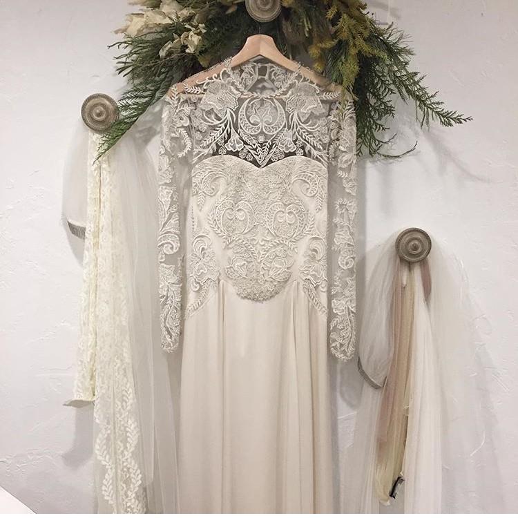 Temperley London Flora Sample Wedding Dress On Sale 79
