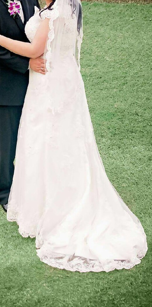 c58c79d523a David s Bridal 9T3299 Used Wedding Dress on Sale 64% Off - Stillwhite