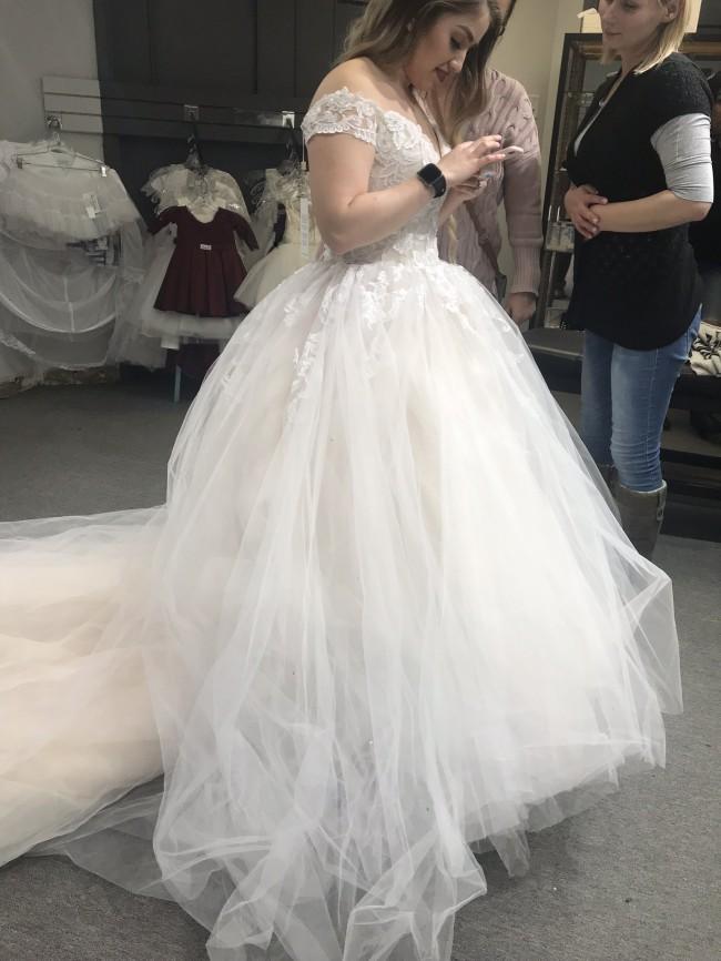 Casablanca Bridal 2312 Gracie