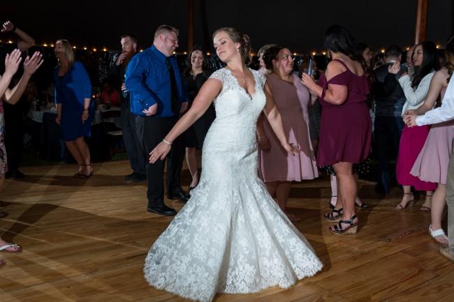 Allure Bridals Lindsay 9255