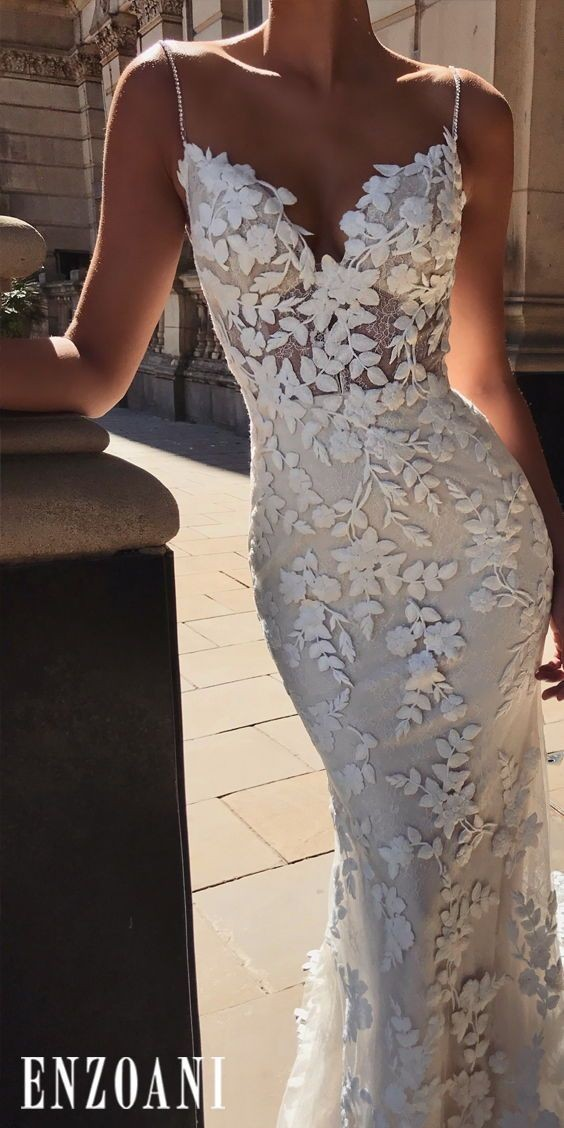 Enzoani Lesley