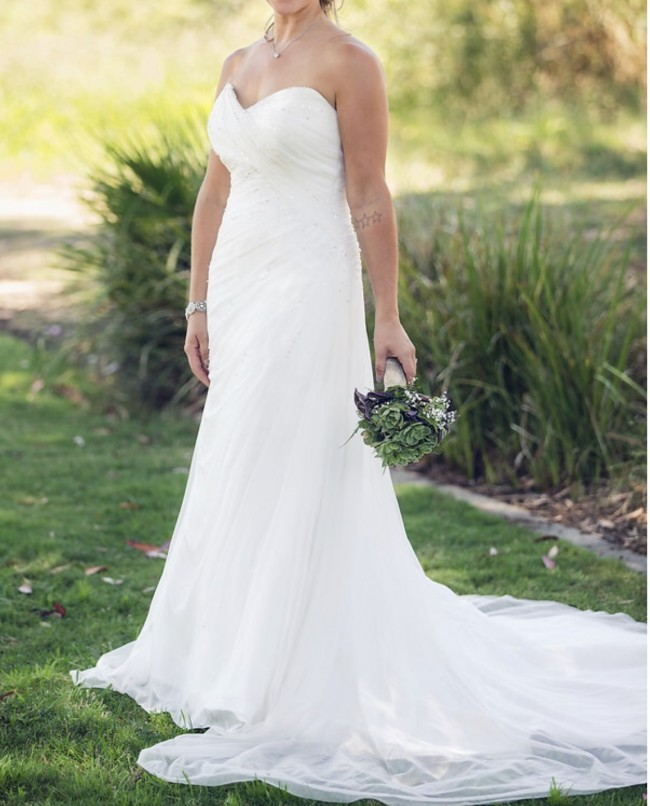 Alfred Angelo: Alfred Angelo Used Wedding Dress On Sale