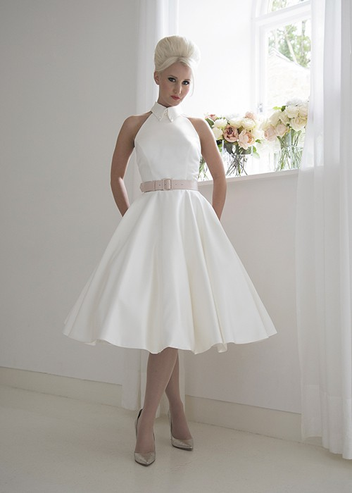 d09cb0c0ad2 House Of Mooshki Mercy Second Hand Wedding Dress on Sale 58% Off -  Stillwhite United Kingdom