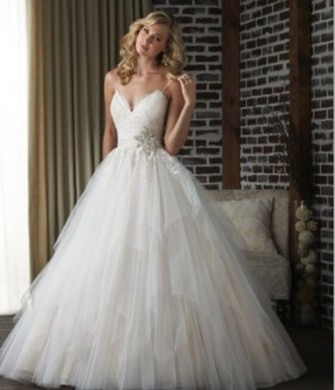 Ball Gown Second Hand Wedding Dress On Sale 79% Off