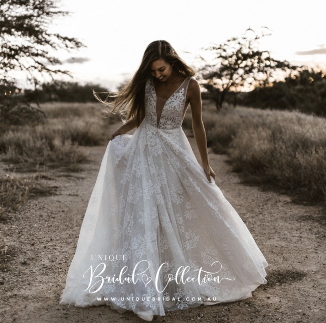Unique Bridal Collection, Grace