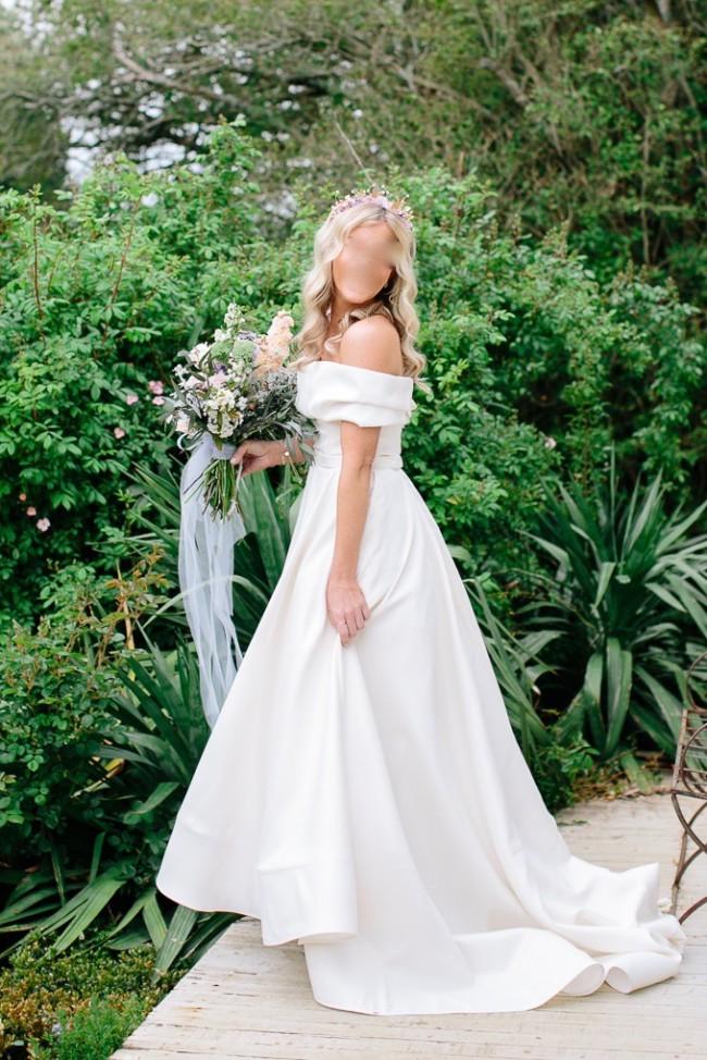 Sant Elia, Ball Gown