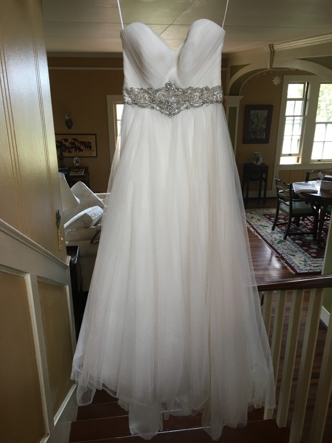 1de323c91df Kenneth Pool Second Hand Wedding Dress on Sale 54% Off - Stillwhite ...
