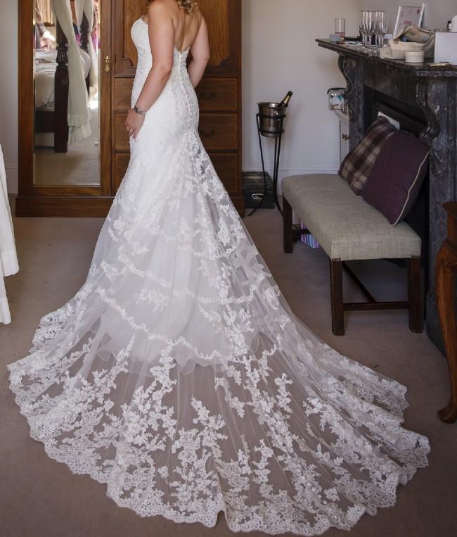 Allure Bridals 2954