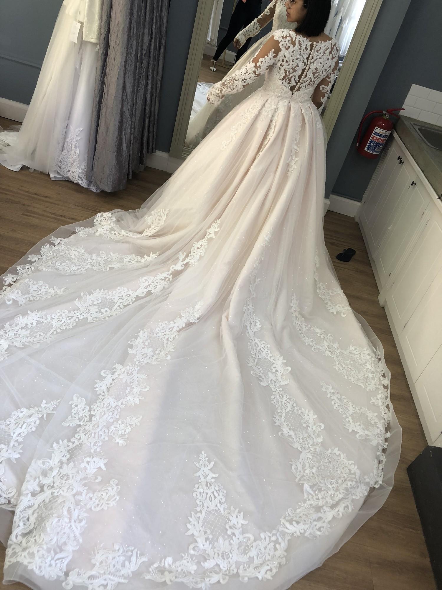 Tashreeqah Sadien Custom Made Preowned Wedding Dress Save 46 Stillwhite
