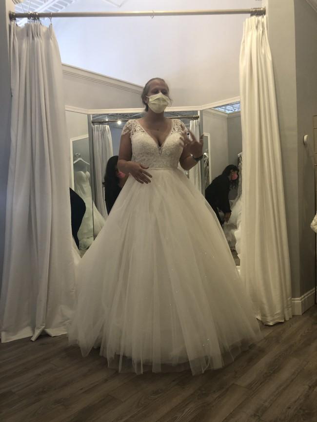 Allure Bridals D263