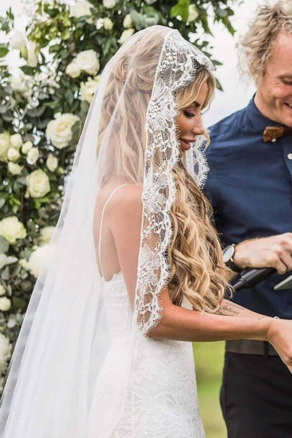 Grace Loves Lace, Frederike Veil
