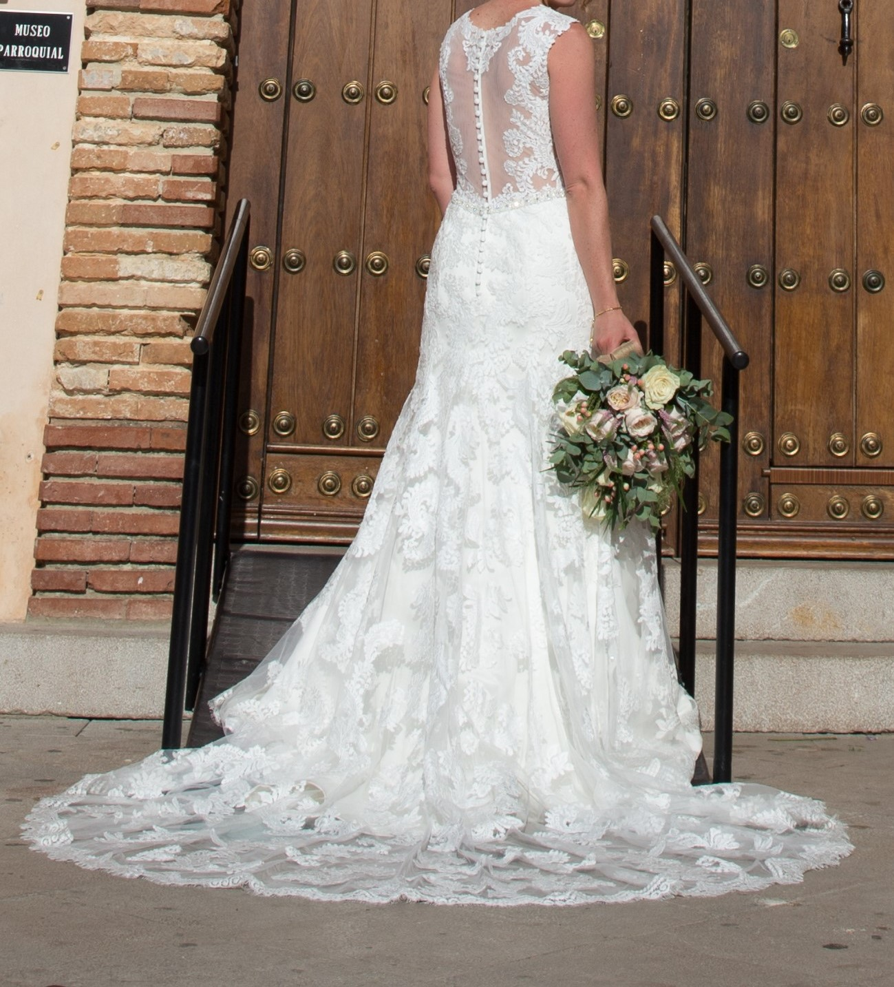Venus Bridal VE8236 Second Hand Wedding Dress On Sale 55