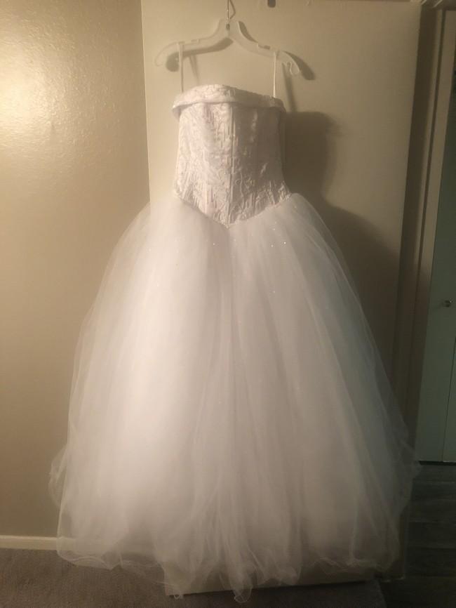 David's Bridal, 9NT8017