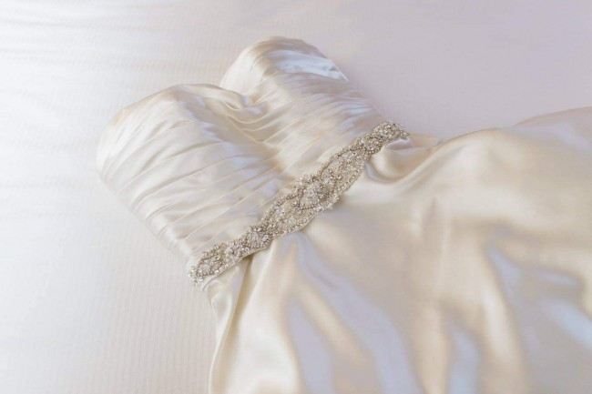 Allure Bridals 8919