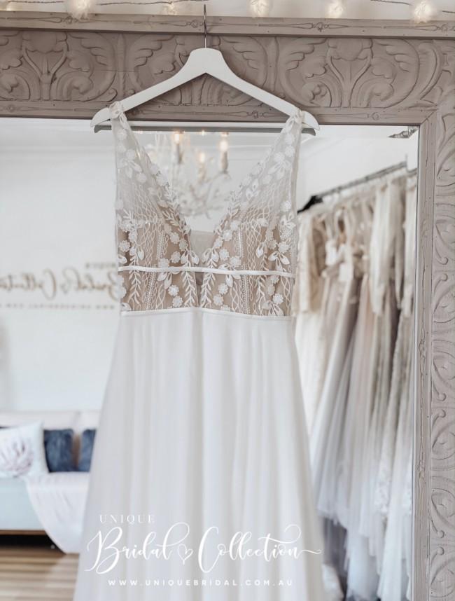 Unique Bridal Collection Aliya