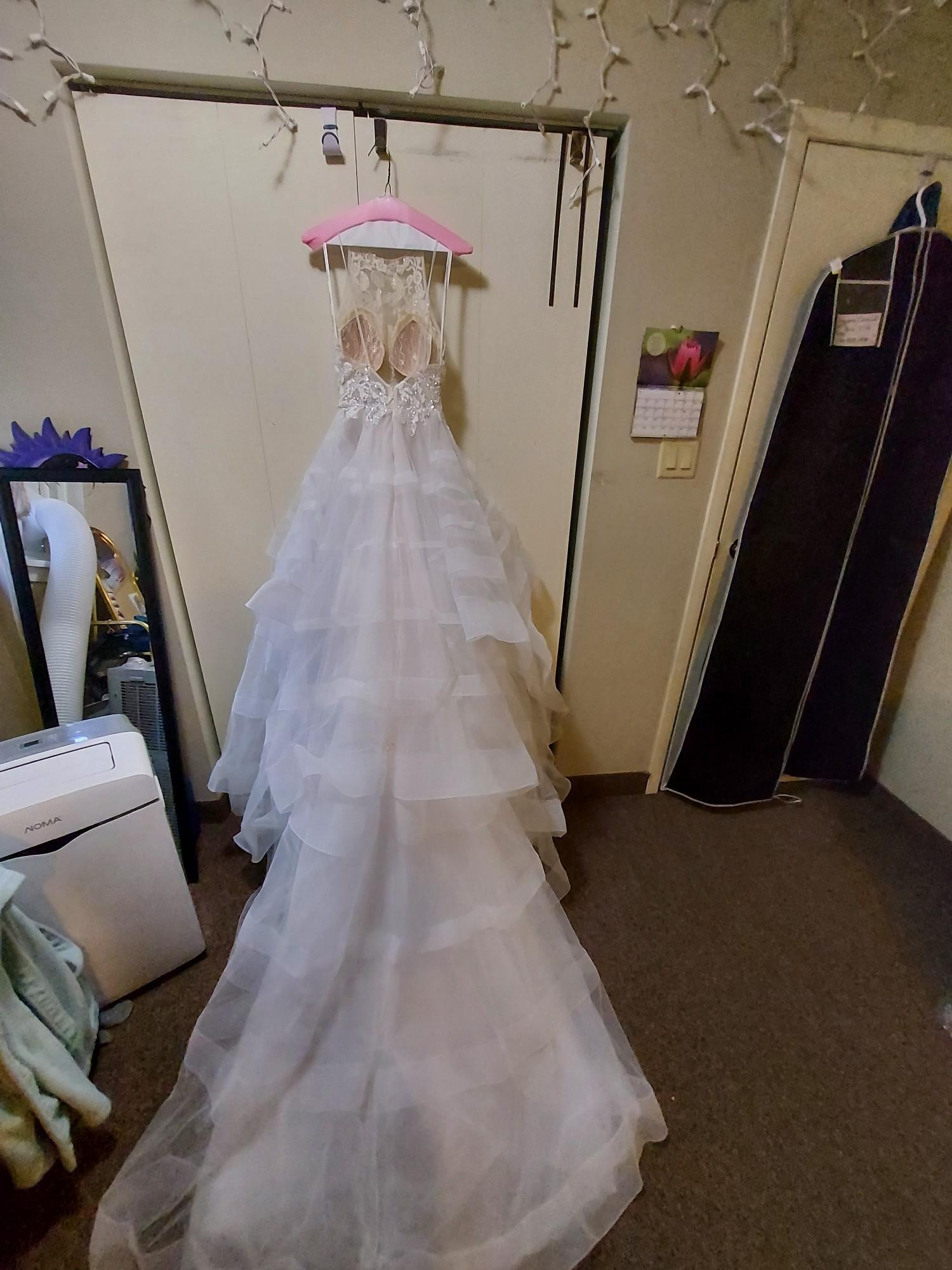 LAmour LA9245/Mae Second Hand Wedding Dress Save 42%