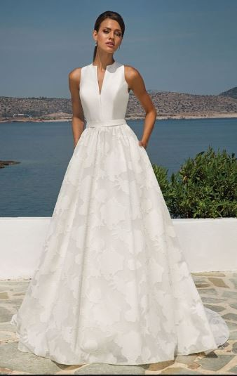 Justin Alexander, Organza Jacquard Ball Gown with Sleeveless Mikado