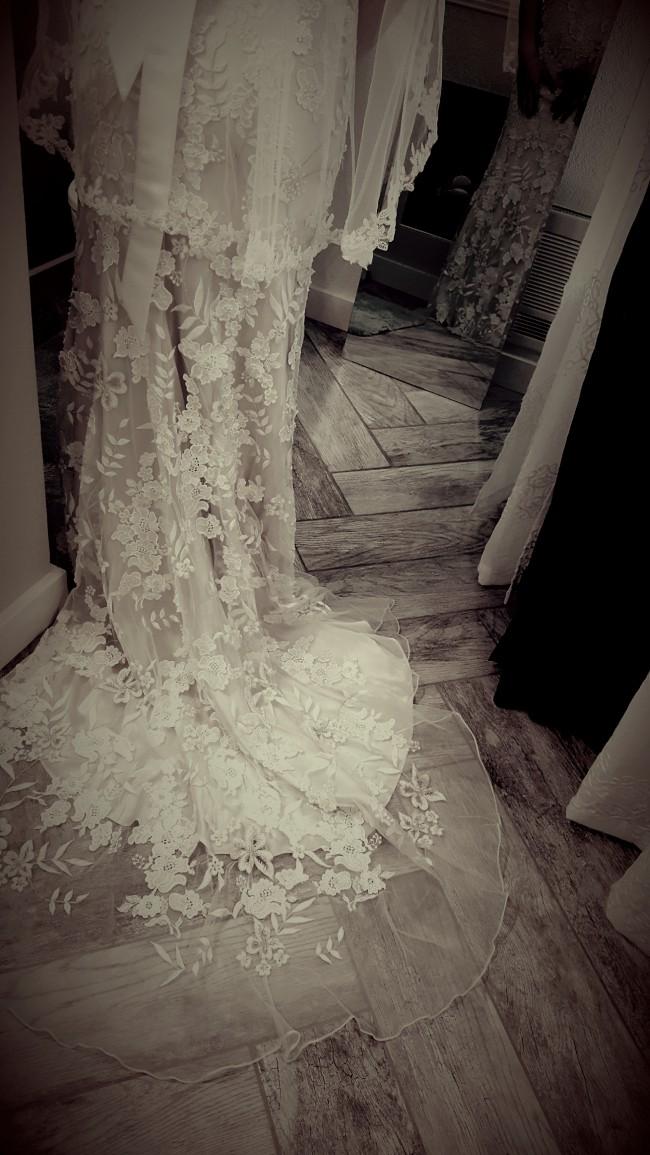 Allure Bridals 8800