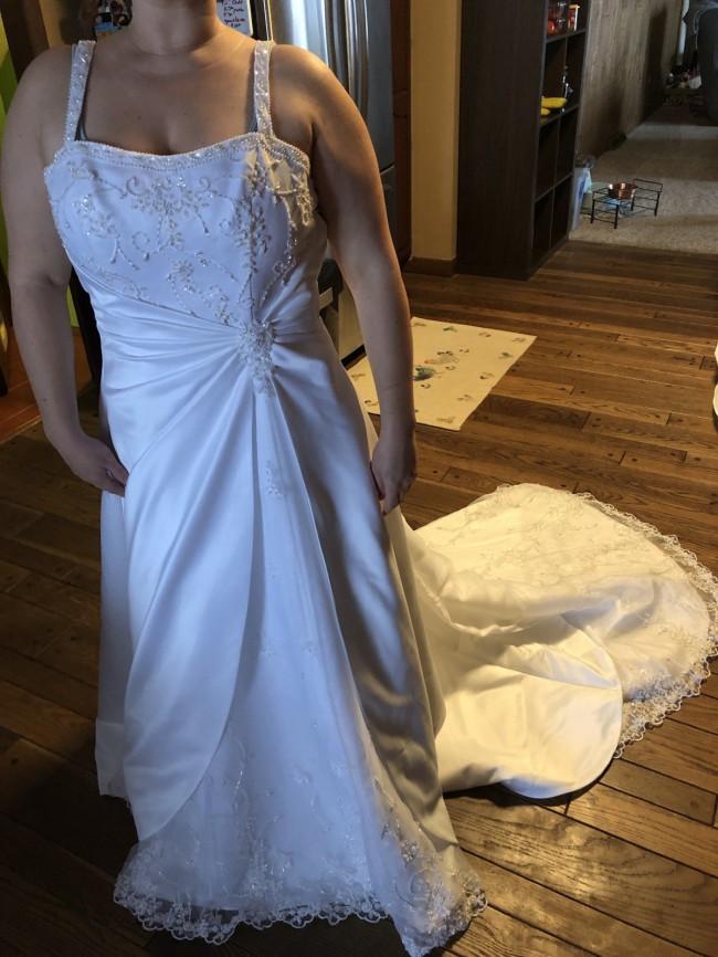 David's Bridal White Satin Over Schiffli Lace 5339 Formal Wedding