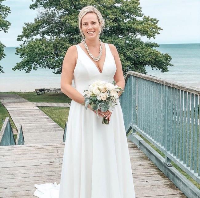 Allure Bridals 3264