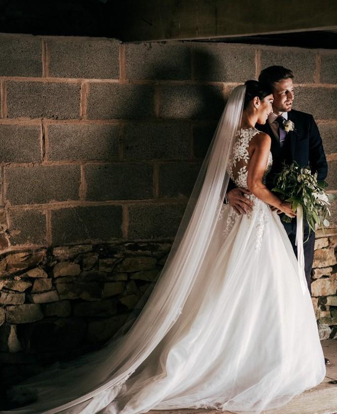 Consumir estático altavoz  Pronovias Taciana Used Wedding Dress Save 56% – Stillwhite