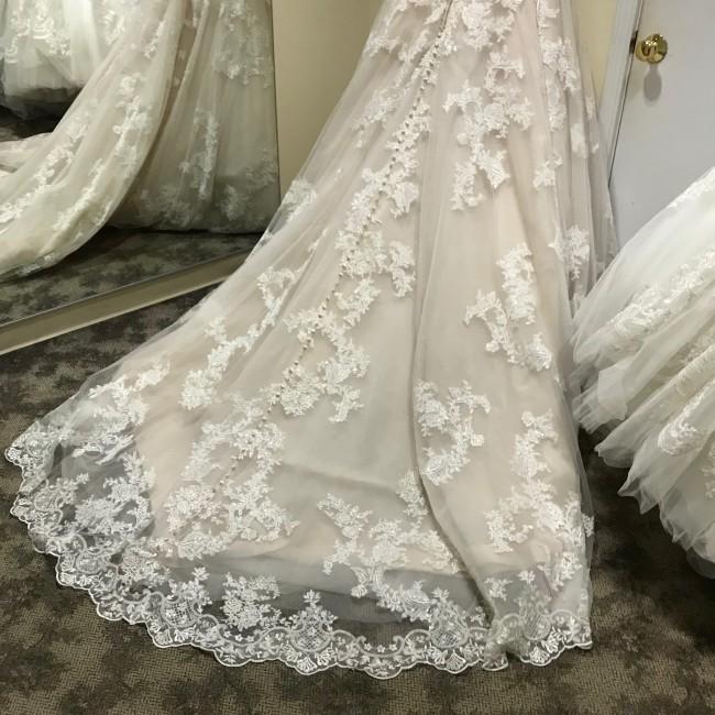 Allure Bridals, 9353
