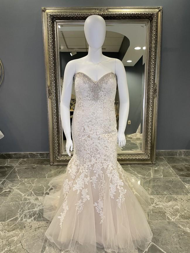 Allure Bridals W371