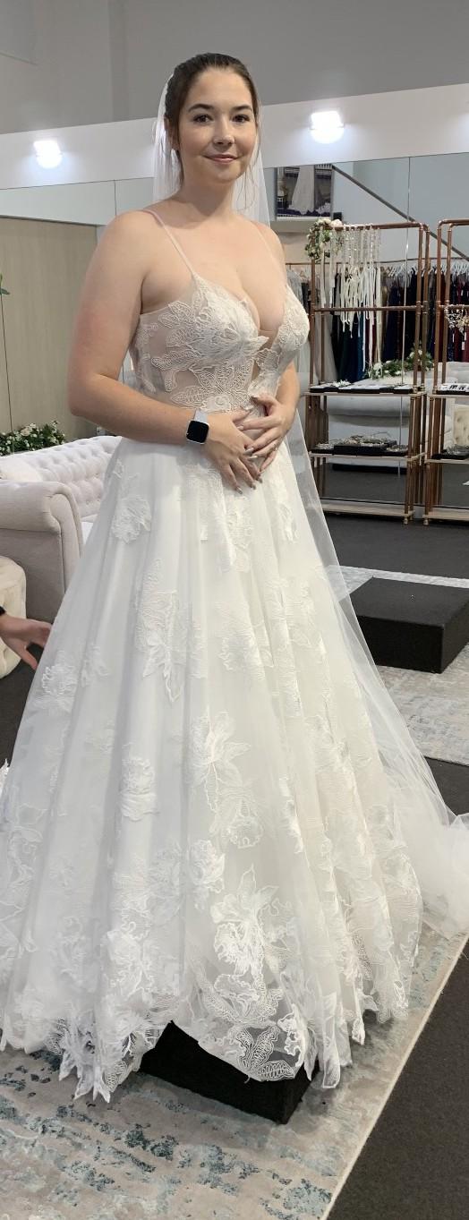 Madi Lane Avery ivory/white