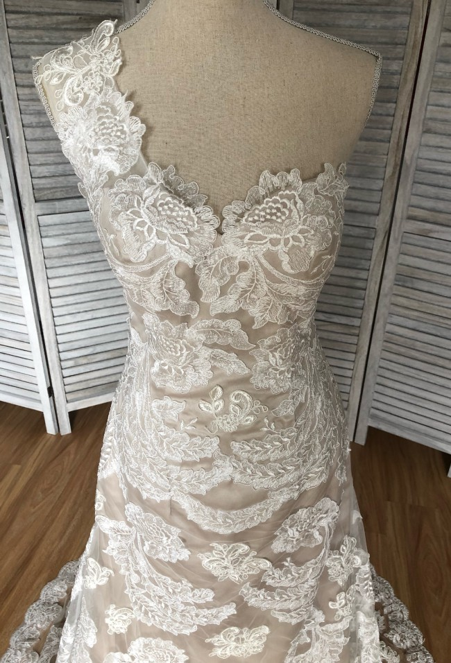 Unique Bridal Collection, A-Line