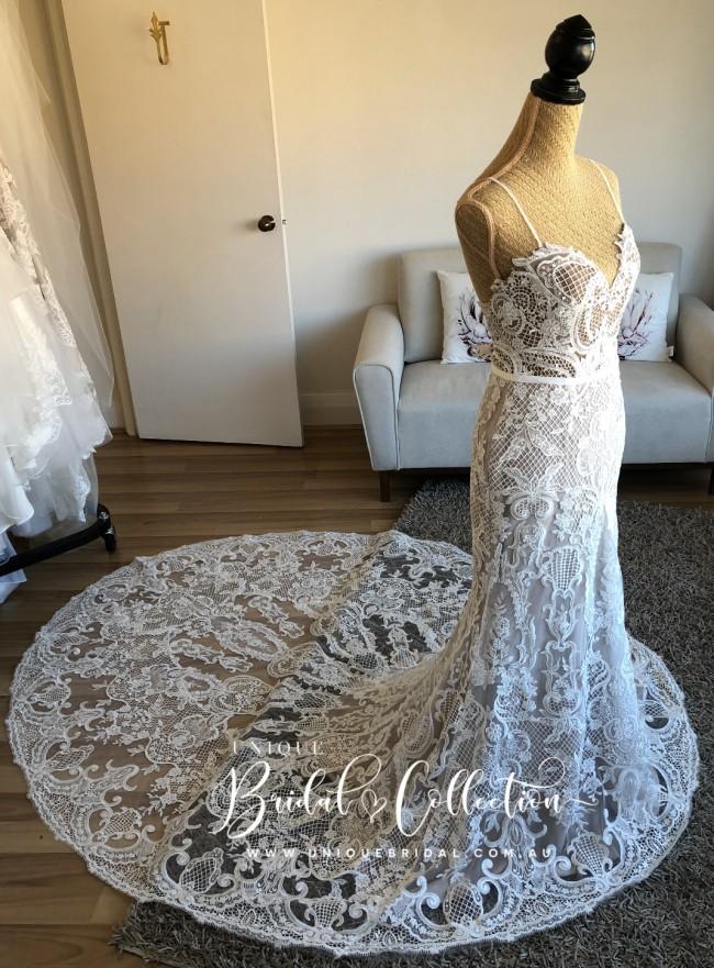 Unique Bridal Collection, Millie