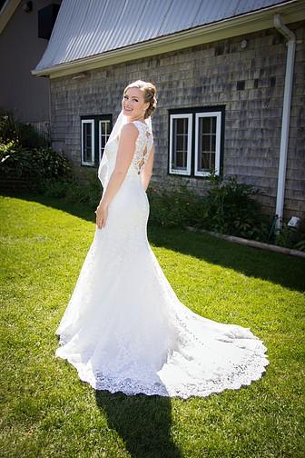 Allure Bridals 9154