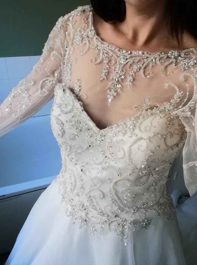 Venus Bridal VE8298