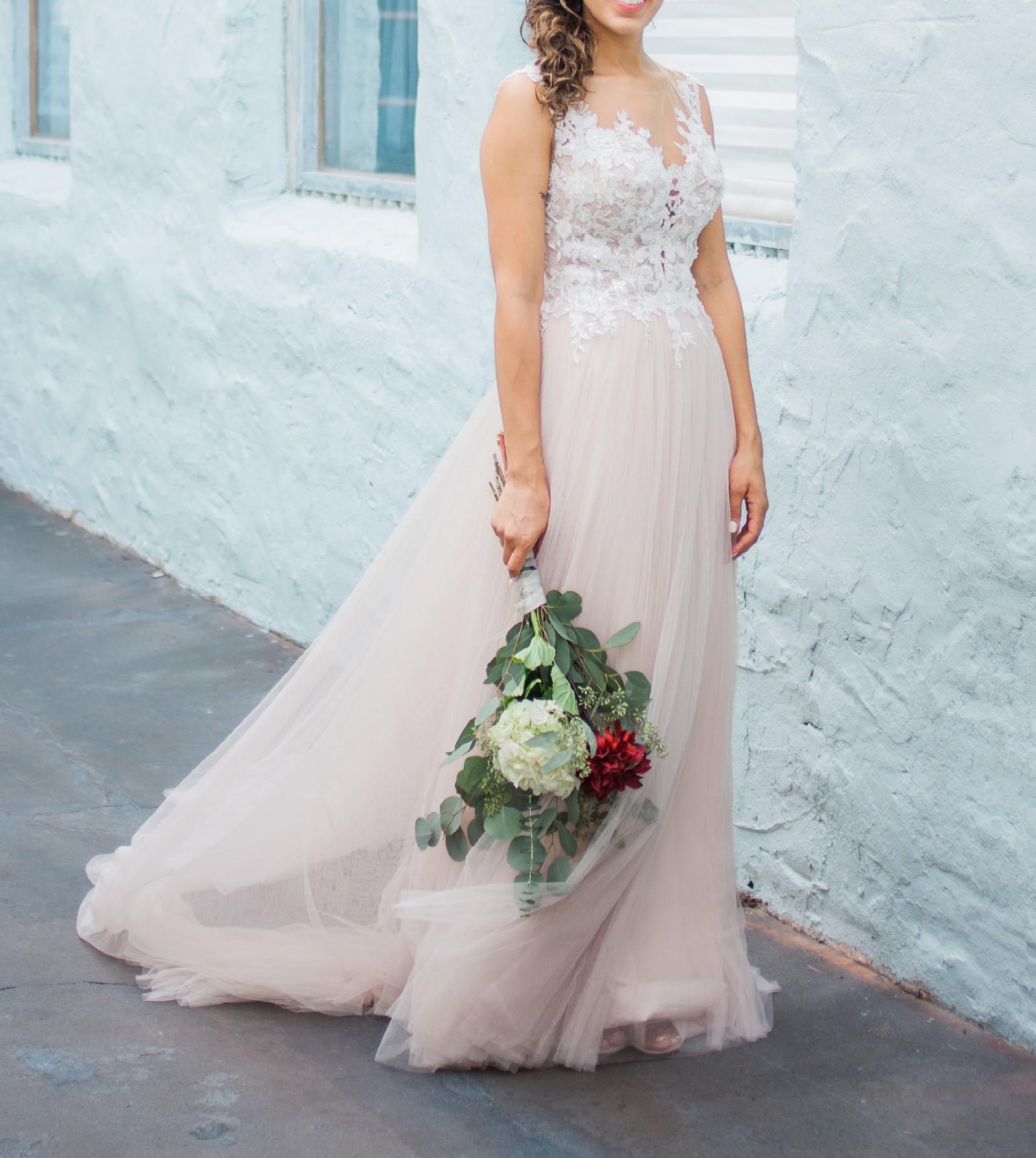 Stella York 6490 Used Wedding Dress On Sale 42% Off