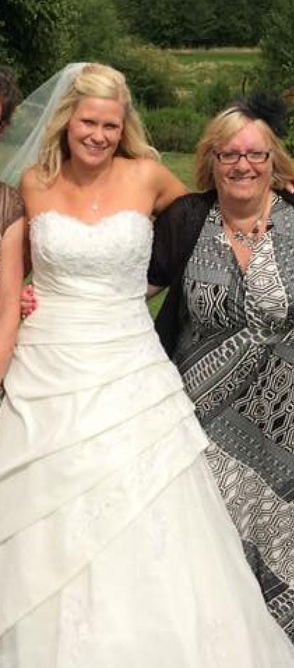 True Bride W946