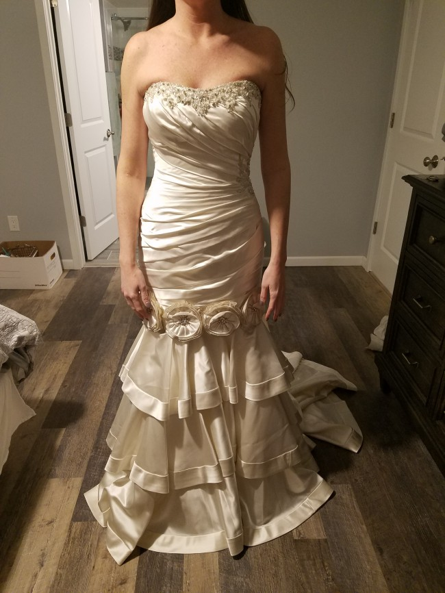 Allure Bridals, 8700