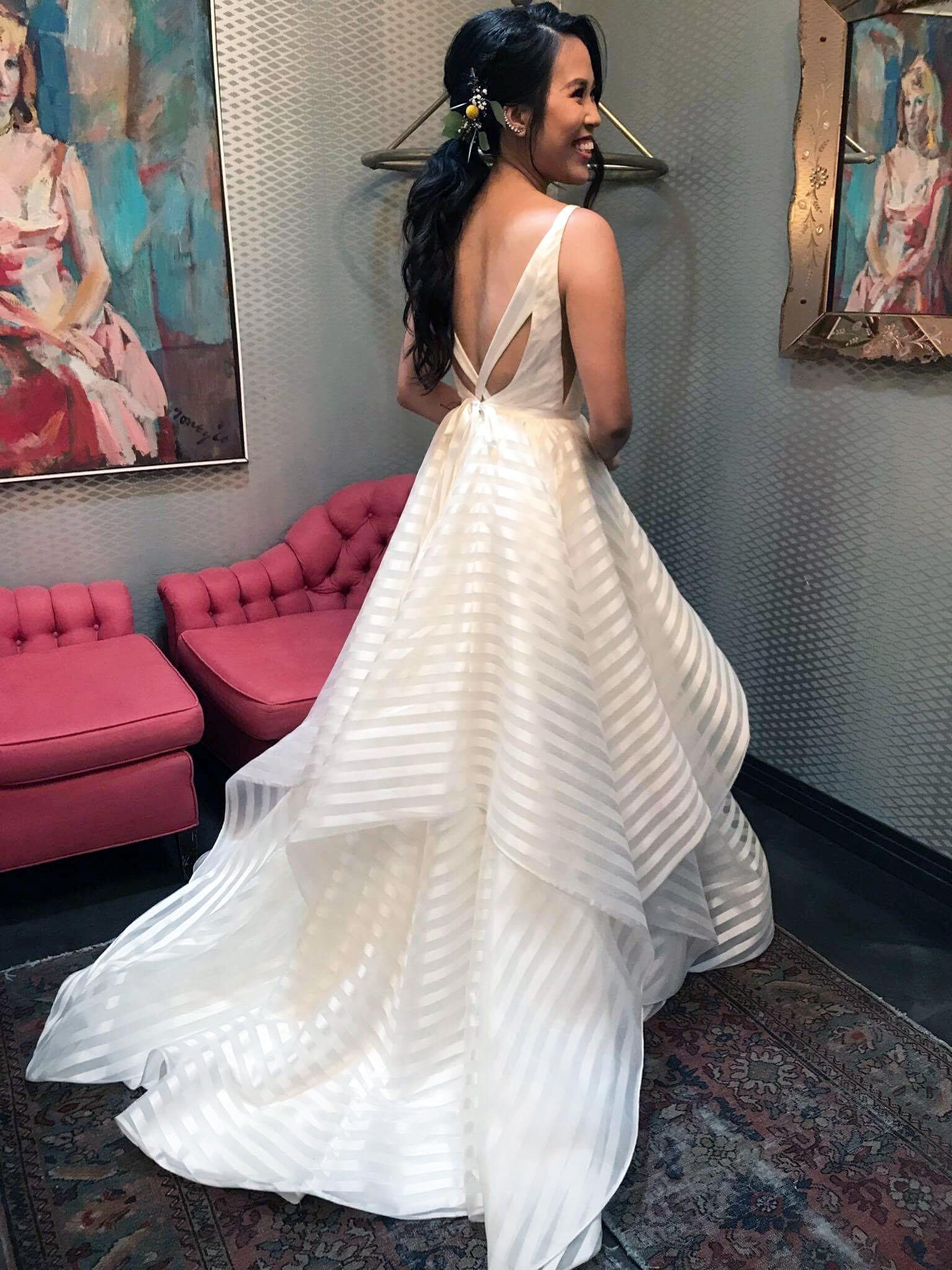 c2bd2619cd67 Hayley Paige Decklyn 6661 Used Wedding Dress on Sale 39% Off ...
