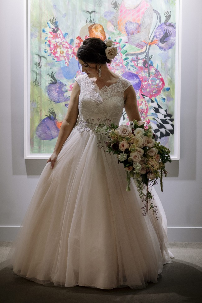 4fb37ca2c6b72 Allure Bridals 9022 Second Hand Wedding Dress on Sale 64% Off ...