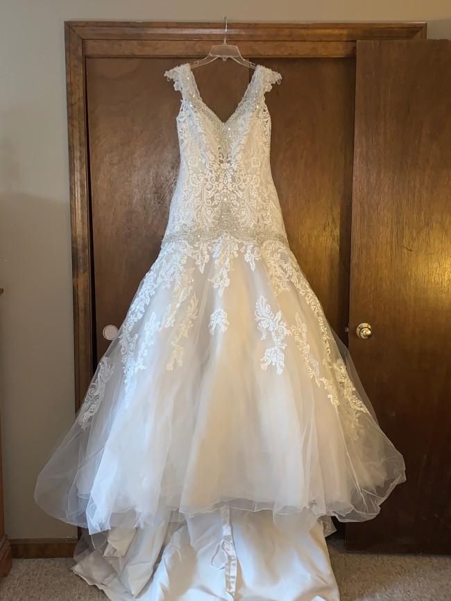 Allure Bridals 9127 Allure bridal gown R[5]