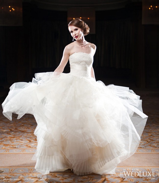 db8e397e19d2 Vera Wang Eliza Luxe Collection Second Hand Wedding Dress on Sale 76 ...