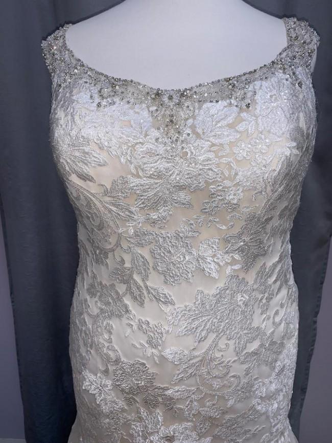 Allure Bridals W433