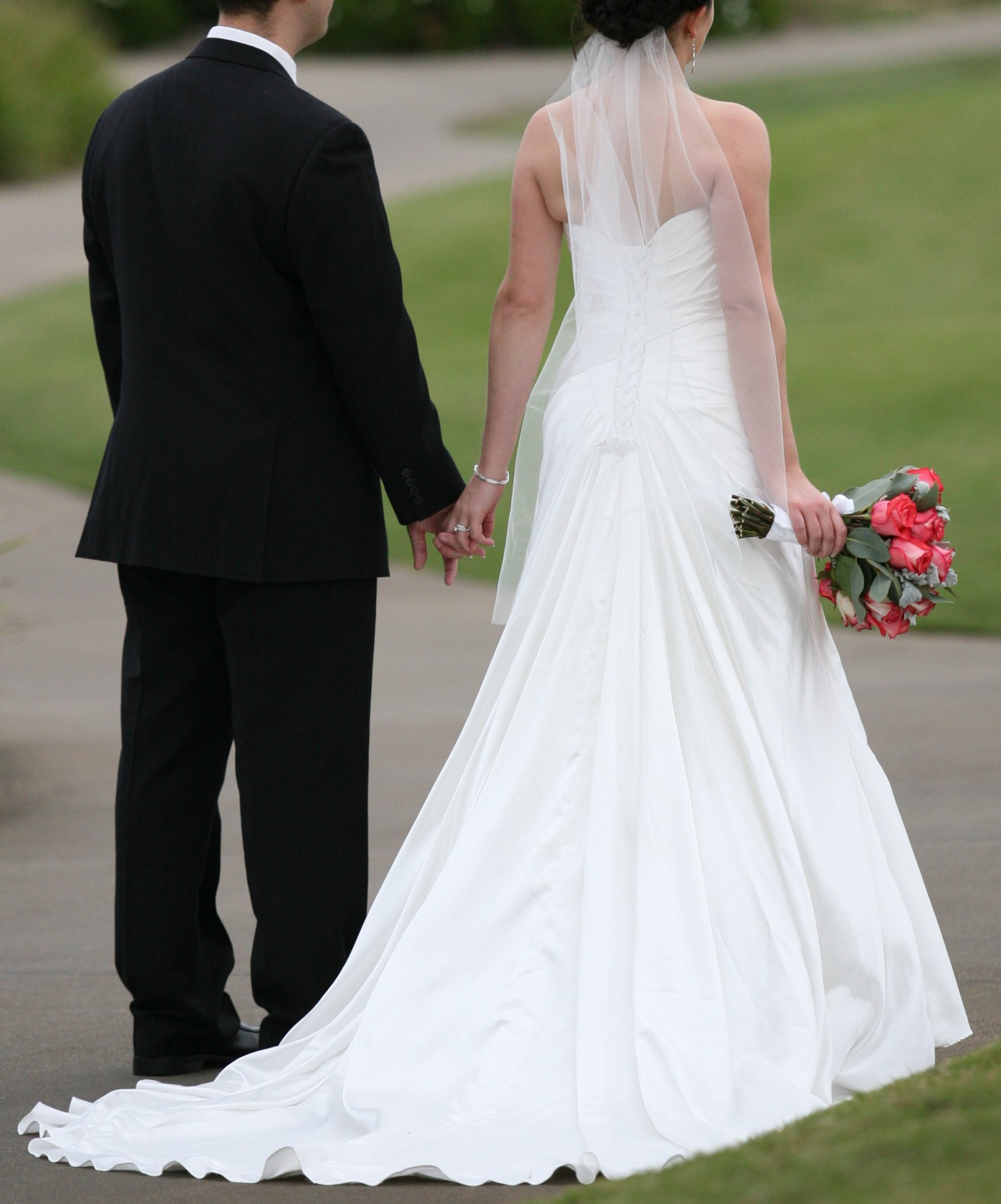 Second Hand Wedding Gown: Maggie Sottero Second Hand Wedding Dress On Sale 88% Off