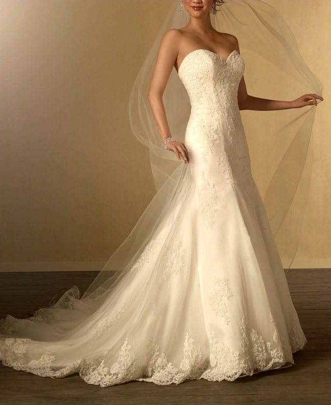 Alfred Angelo: Alfred Angelo Style 2438 Used Wedding Dress On Sale 80