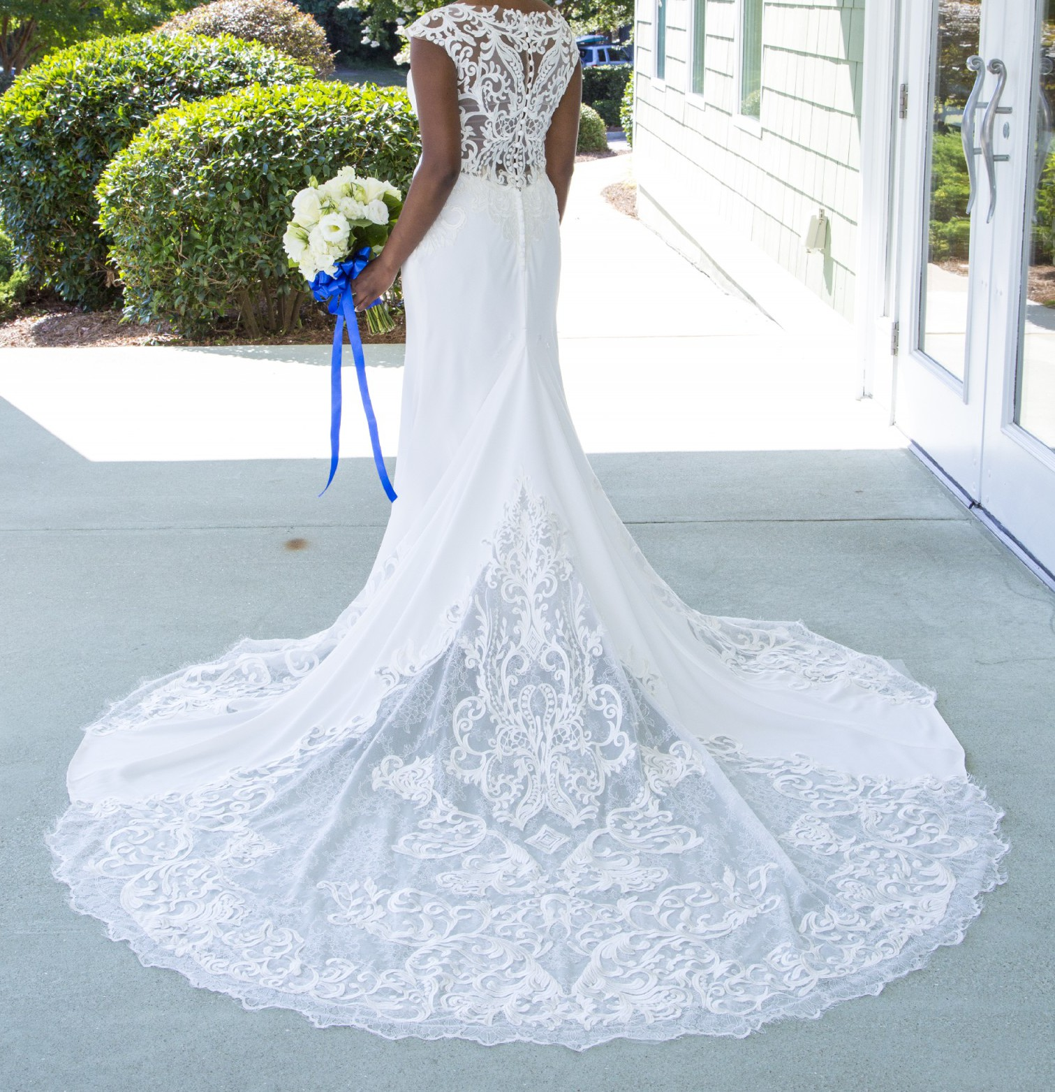 Allure Bridals 9469 Used Wedding Dress On Sale 67% Off