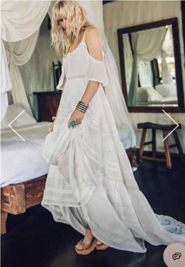 Spell Designs Elizabeth Gown