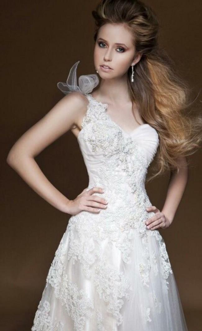 Brides Desire, Lucinda (EE4895)
