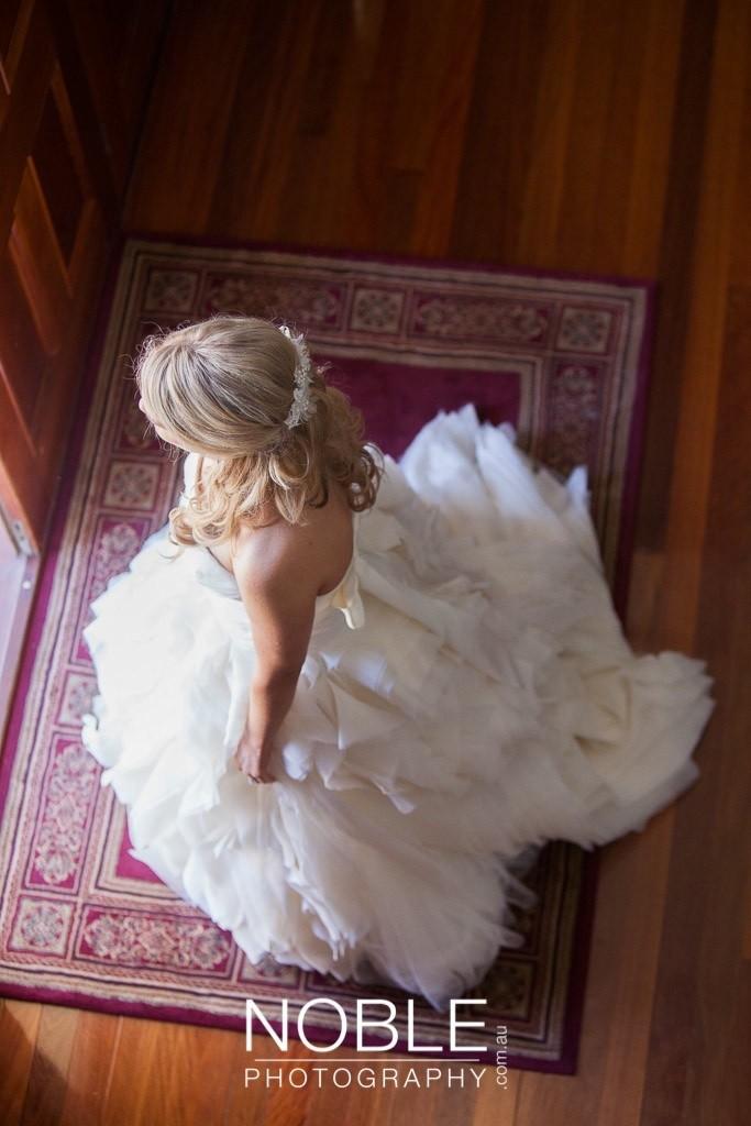 6321cdcb04f40 Vera Wang Diana Second Hand Wedding Dress on Sale 67% Off ...
