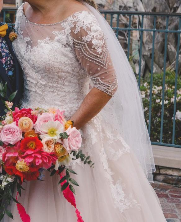 Allure Bridals 3006